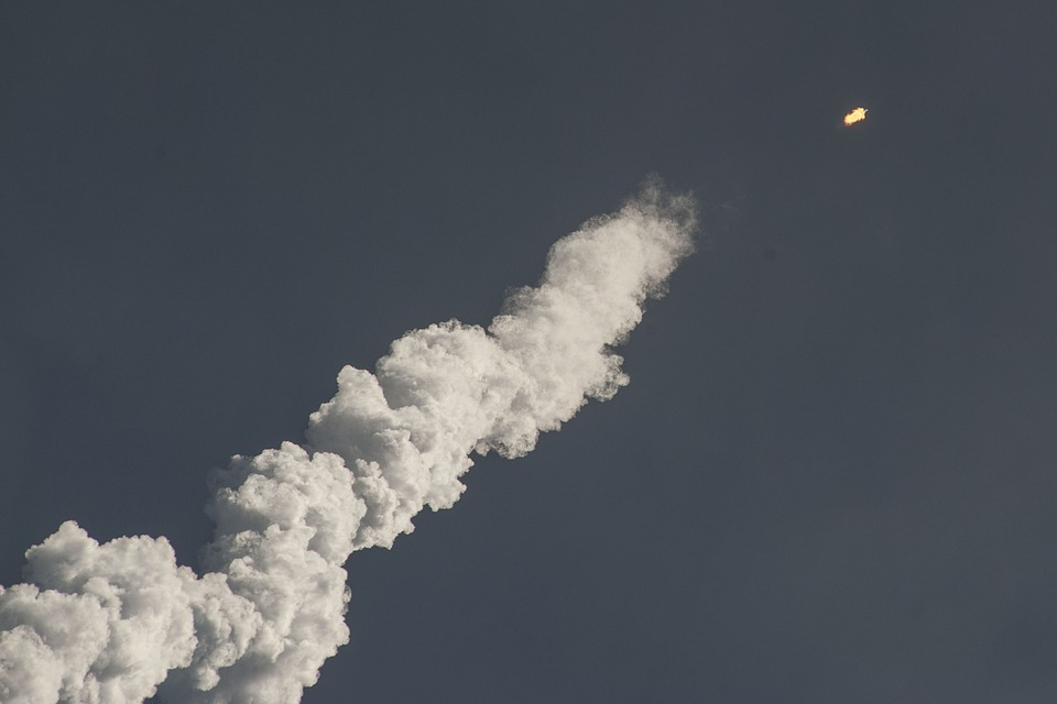 【北朝鮮】ミサイルはなぜ日本に?核が落ちる可能性は低い?